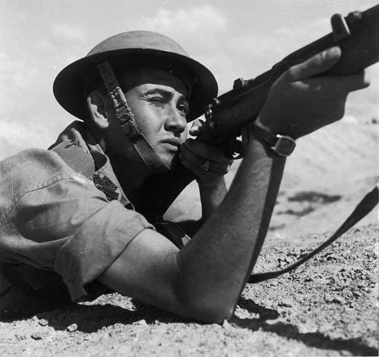 zoltan kluger, jewish soldier, 1945, jnf archive