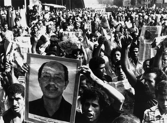 anat saragusti, funeral of egyptian president, anwar sadat, cairo, october 1981�