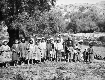 chalil raad, native children of banias