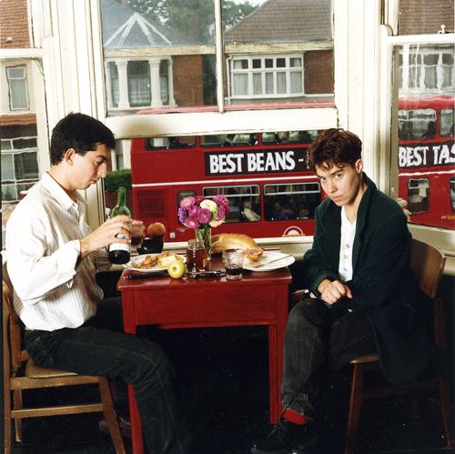 עדי נס ונעמי טליתמן, מתוך הפרויקט התיעודי חיים יהודיים הומוסקסואליים בלונדון, 1993